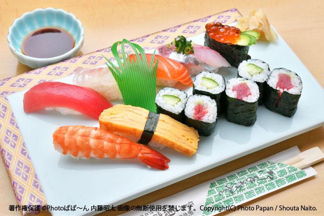 お寿司屋さんのお寿司盛り込み。