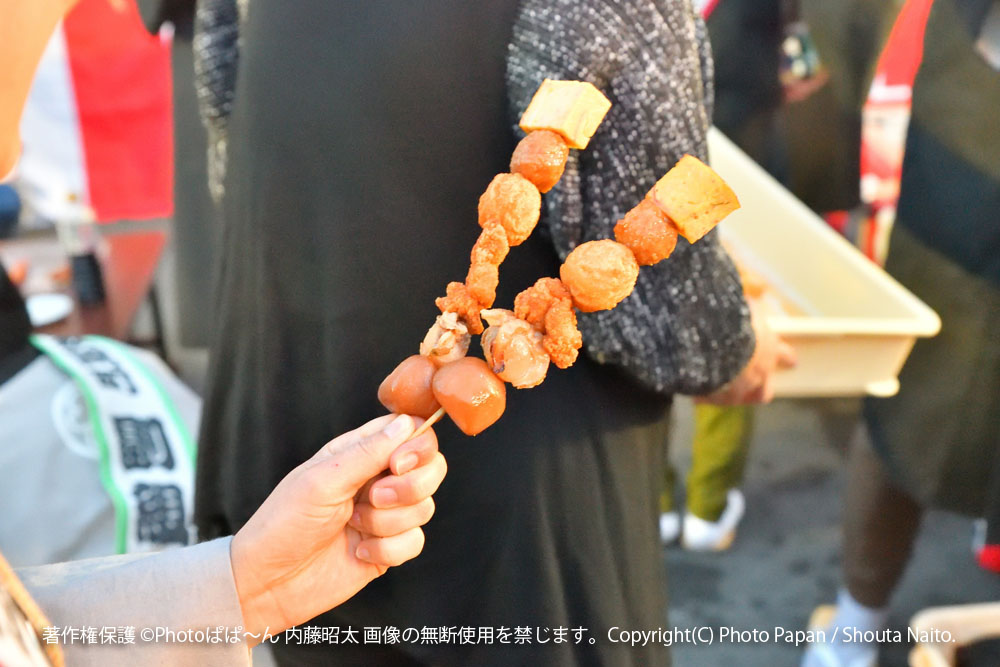 浜松まつり、接待のお料理(玉子焼きや唐揚げが串になって美味しいかつ合理的!)