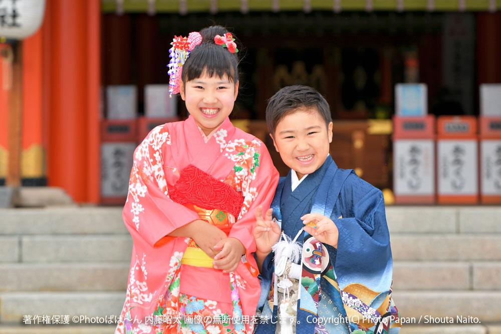 浜松市の五社神社・諏訪神社にて、七五三の写真撮影。